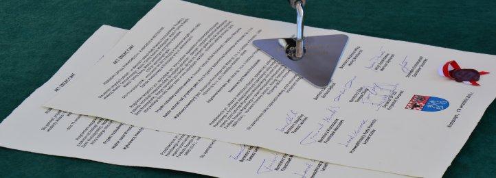 Akt Erekcyjny podpisany i wmurowany