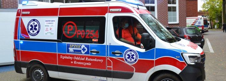 Nowa karetka dla Zespołu Ratownictwa Medycznego w Kobylinie. Zakupiona dzięki naszym Darczyńcom!